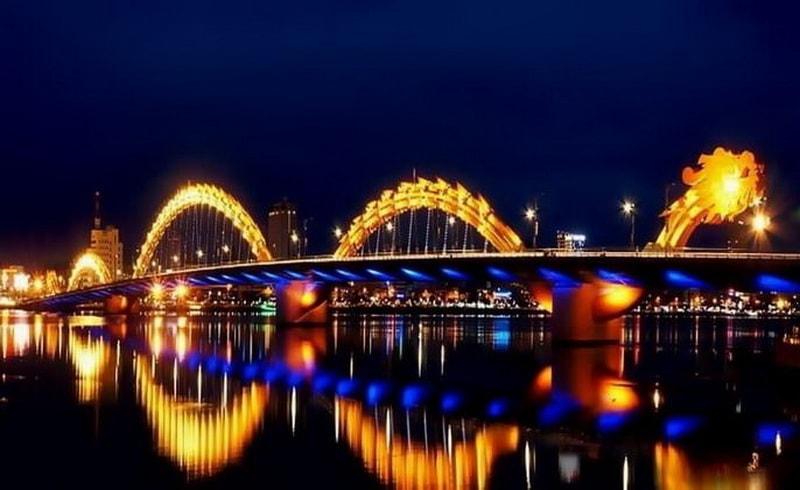 Cầu Rồng biểu tượng Tp Đà Nẵng