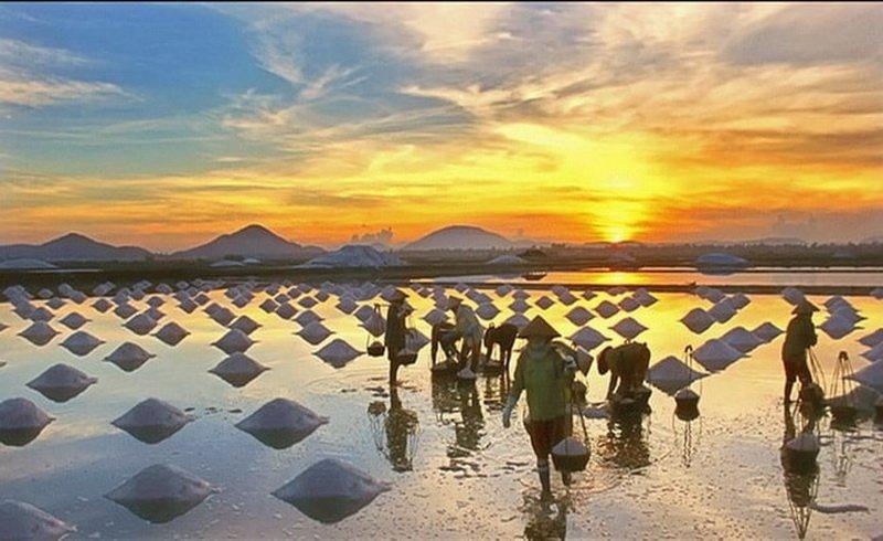 Tham quan cánh đồng muối trắng Phan Rang Ninh Thuận
