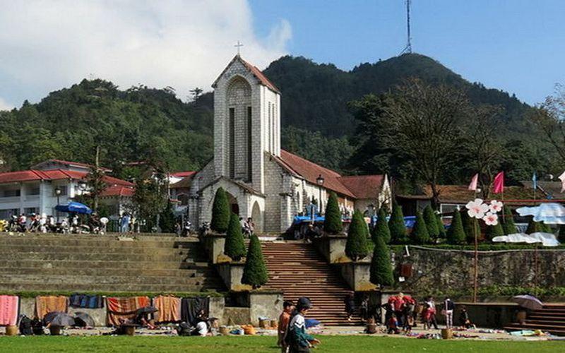 Nhà thờ Đá tại Sapa Là Cai