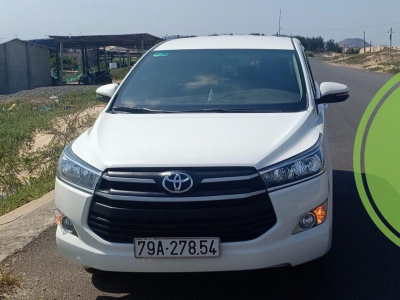 【Toyota Innova 7-seat car rental】