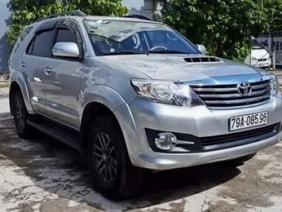 Cho thuê xe Toyota 7 chỗ Pleiku【THUÊ XE 7 CHỖ GIA LAI】